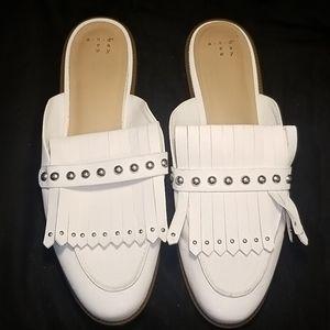 Cute flat slide in shoe